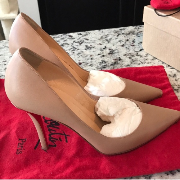 timeless design 4ef80 b369c 💯authentic Christian louboutin Apostrophy pump